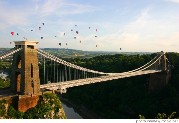 cliffton-bridge-ballons.jpg